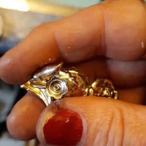 Jewelry - Vintage clip earrings